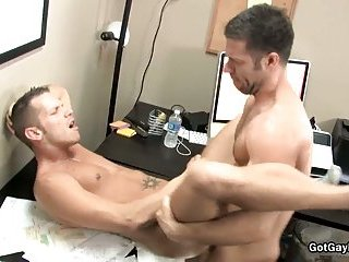 Shane Frost gets his amazing dick sucked