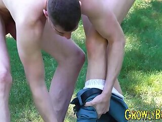 Daddy fucks his lover down and fucks him doggystyle outdoor