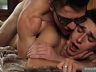 Girl gets fucked in missionary position