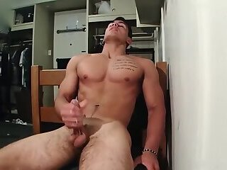 Handsome Tatted Taylor Shift Jerks His Cock