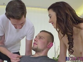 Bisexual guy spermed on in threesome