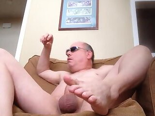 In a Frenzy Gooning and Edging DICK and Cumming!