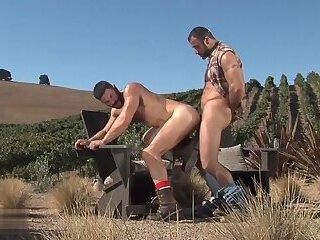Manpower Scene 1 (Bob Hager, Spencer Reed)