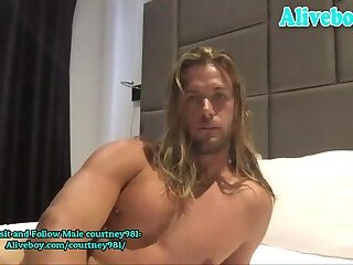 hot Australian guy with nice cock jerks off