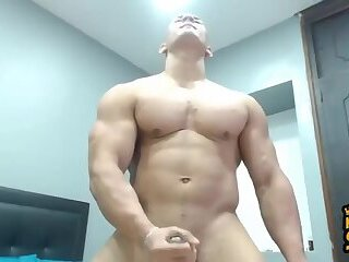 Supah Mind - Blowing Chinese Bodybuilder Shooting Meaty Amounts of Precum