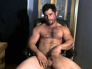 Hairy guy cam 2
