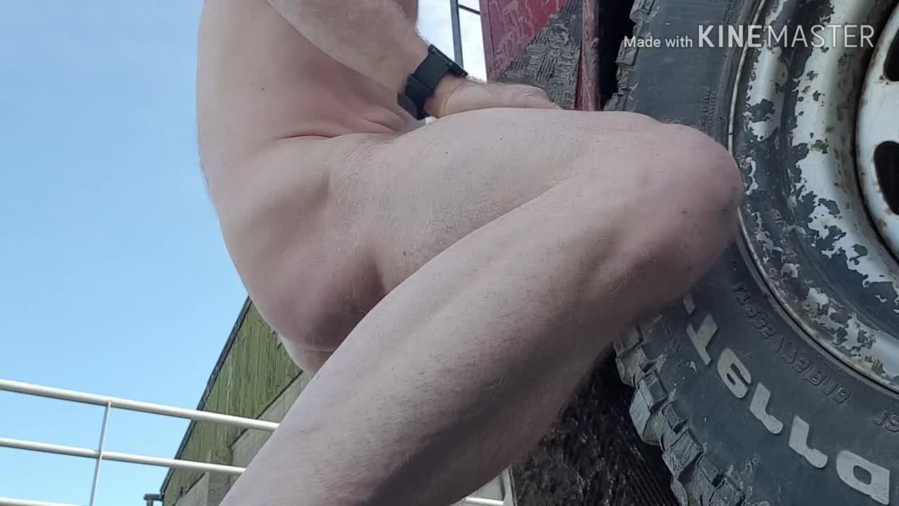 Guy Fucking Tailpipe